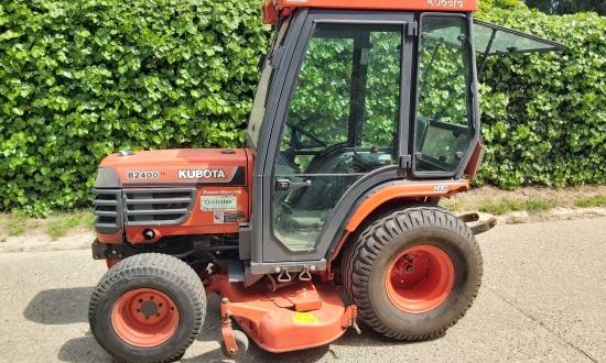 Kubota B2400